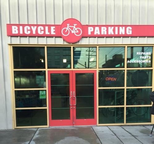 Free bike storage at San Francisco Caltrain Station.