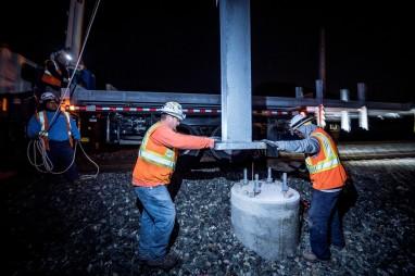 Cal_Train_Pole_Install-27 2